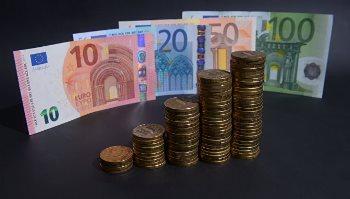 Удобный конвертер валют для конвертации курса рубля к евро, на